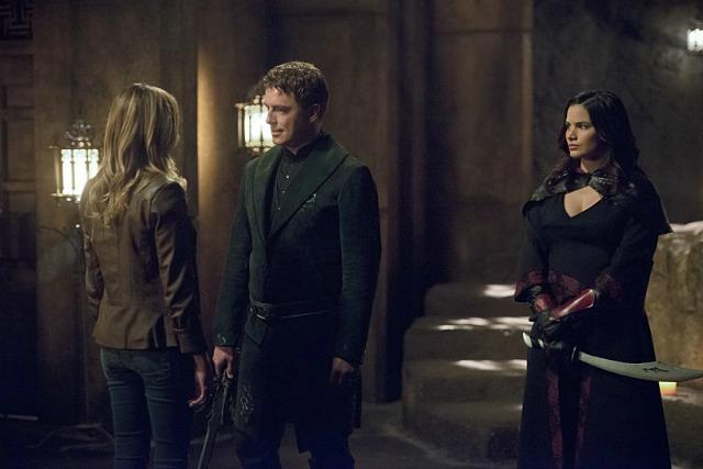 Arrow Season 4 Episode 3 - Laurel, Malcolm, Nyssa