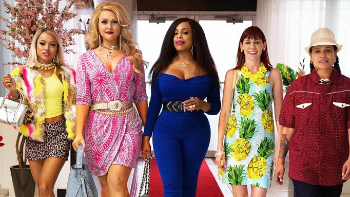 Still of the cast of 'Claws'