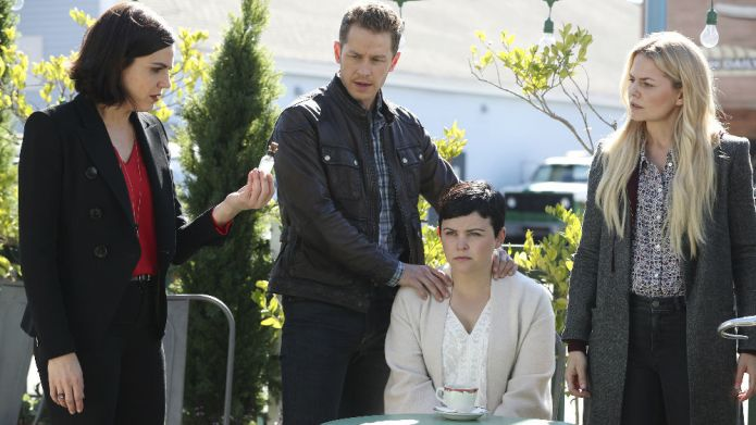 OUAT's Snow & Charming face their
