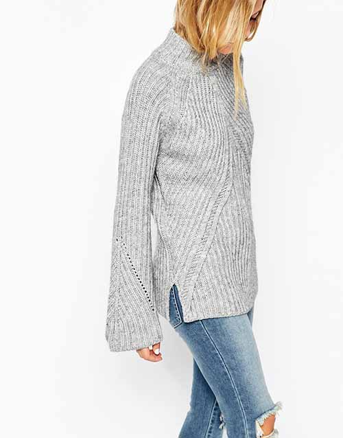 High neck and moving rib sweater