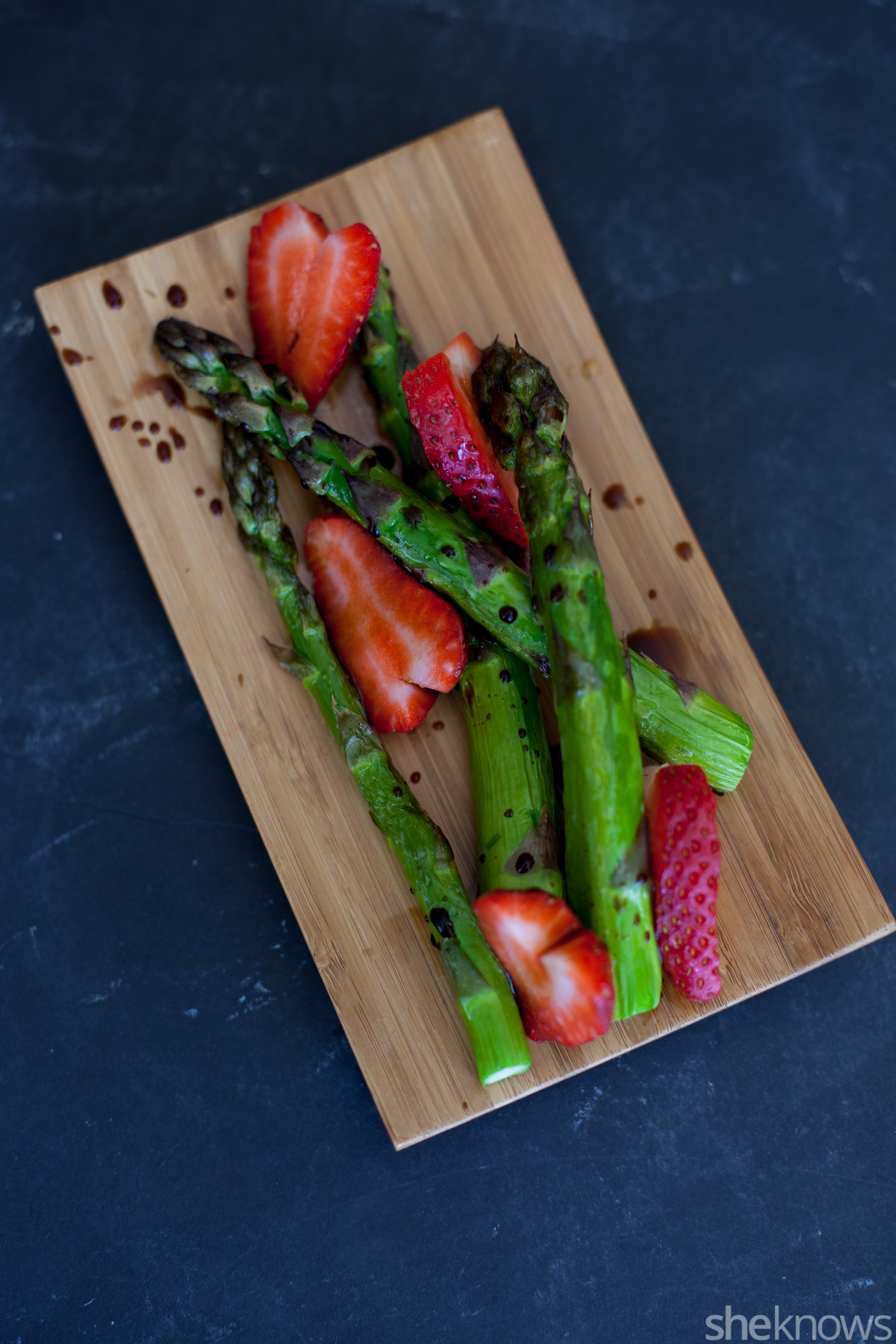 Balsamic roasted asparagus with strawberries
