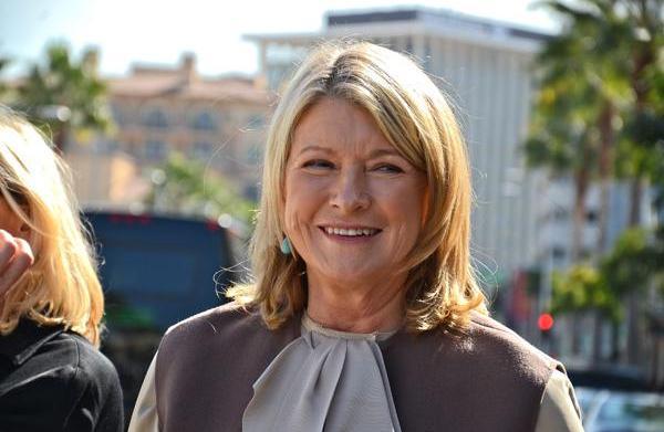 Martha Stewart regrets not hitting on