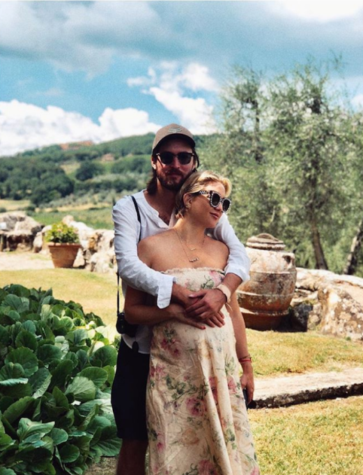 Photo of Kate Hudson and Danny Fujikawa in Tuscany