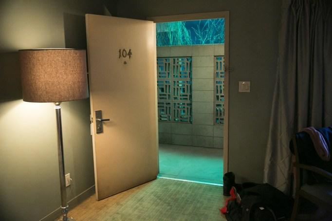 summer-tv-room-104