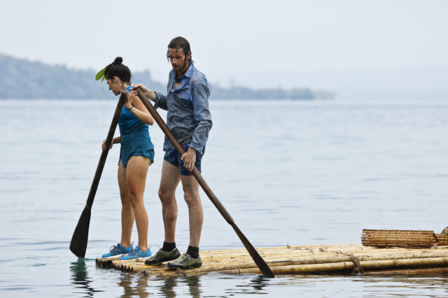 Aubry Bracco and Neal Gottlieb paddle on Survivor: Kaoh Rong