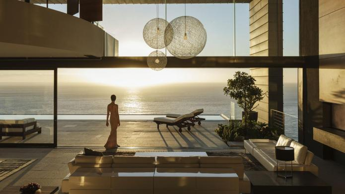 8 Striking beach houses on the