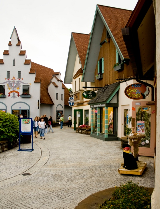 fall-towns-frankenmuth-michigan