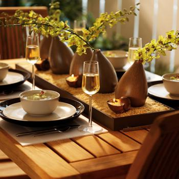 Table settings for outdoor gatherings