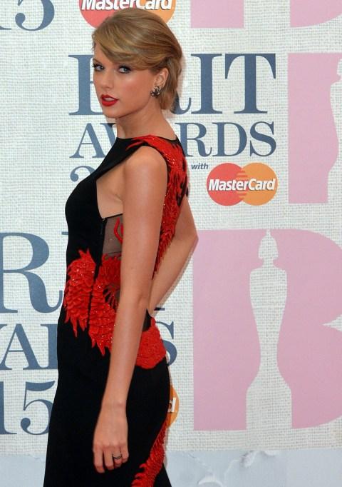 Taylor Swift at the 2015 Brit Awards