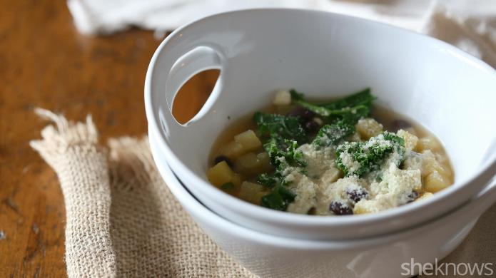 Slow cooker vegetarian stew with kale