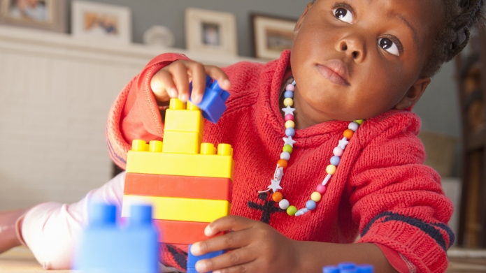 TV-Free Activites That Keep Toddlers Engaged