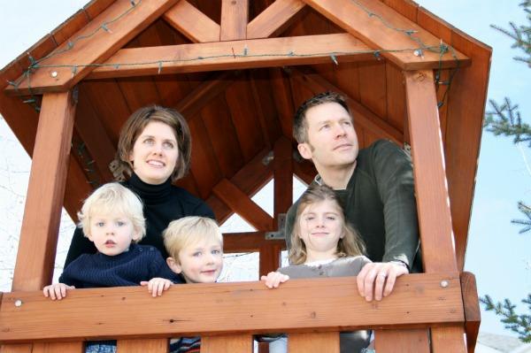 Backyard playhouse - fort