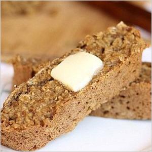 Banana skinny bread