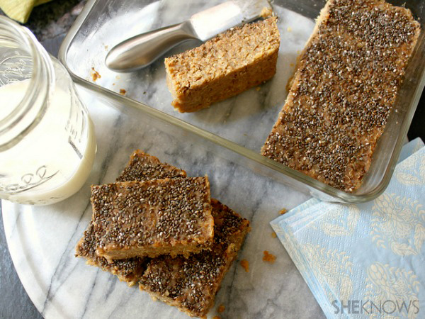 Quinoa peanut butter banana bars recipe