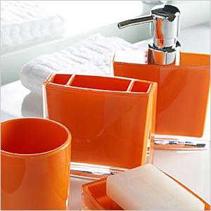Bold bathroom accessories | Sheknows.com