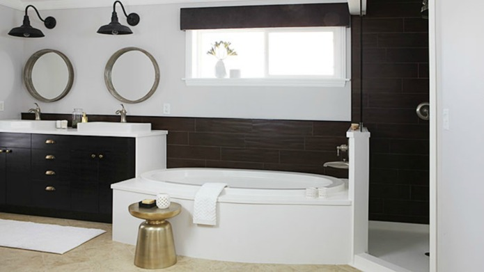 Wondrous 10 Beautiful Bathroom Makeovers You Have To See To Believe Beutiful Home Inspiration Xortanetmahrainfo