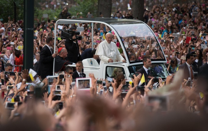 Pope Francis rides through Central Park