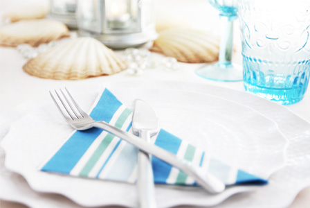 Beach themed placesetting
