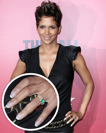 Halle Berry's emerald engagement ring
