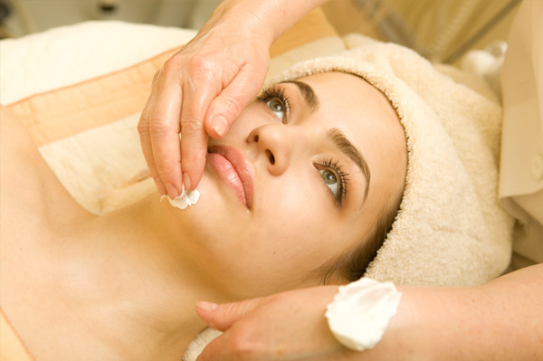 beauty treatment cautions for sensitive skin