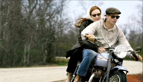 Brad Pitt and Cate Blanchett go for a ride in The Curious Case of Benjamin Button