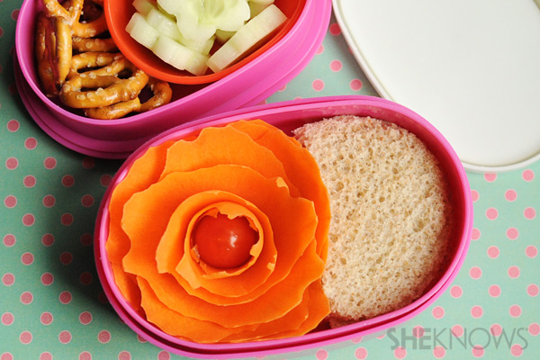 Bento box carrot flower tutorial