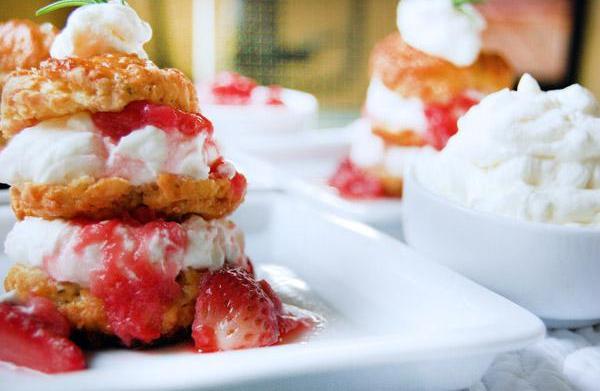 Strawberry-rhubarb shortcake recipe