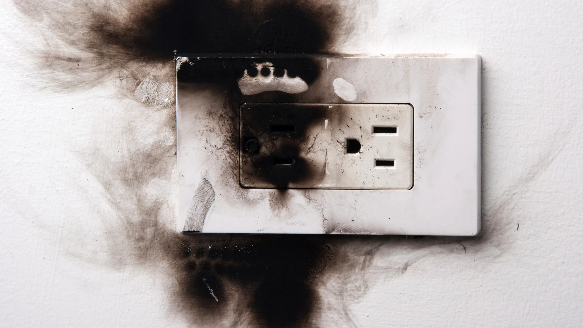 Could Your Electrical Outlet Set Home On Fire Sheknows Half Hot Wiring Diagram As Well Light Switch Image Alixkreil Istock 360 Getty Images