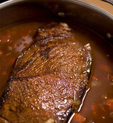 How to make hearty braised beef