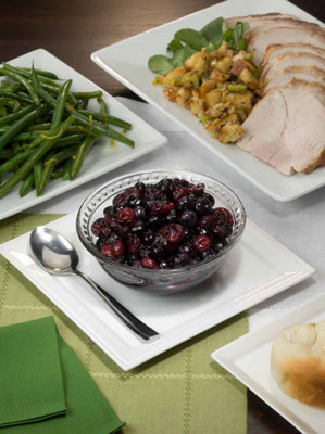 Fresh blueberry and cranberry relish