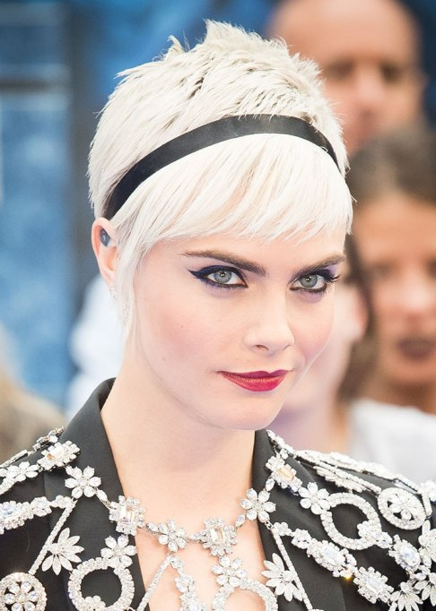 Best Celebrity Hair Transformations of 2017: Cara Delevingne in a platinum pixie