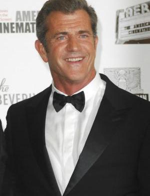 Mel Gibson hates Jews says screenwriter