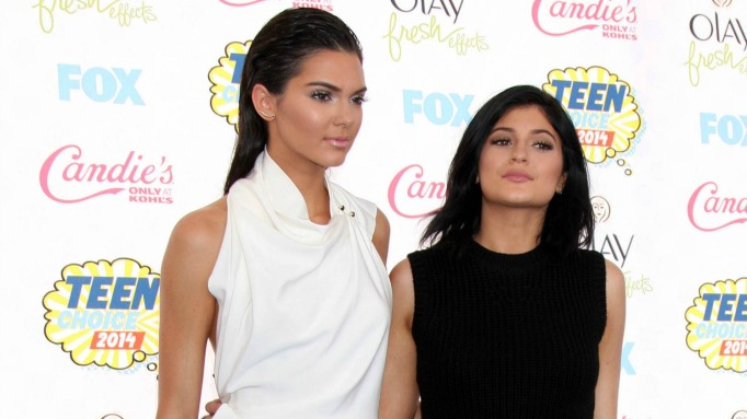 kendall and kylie billboard music awards