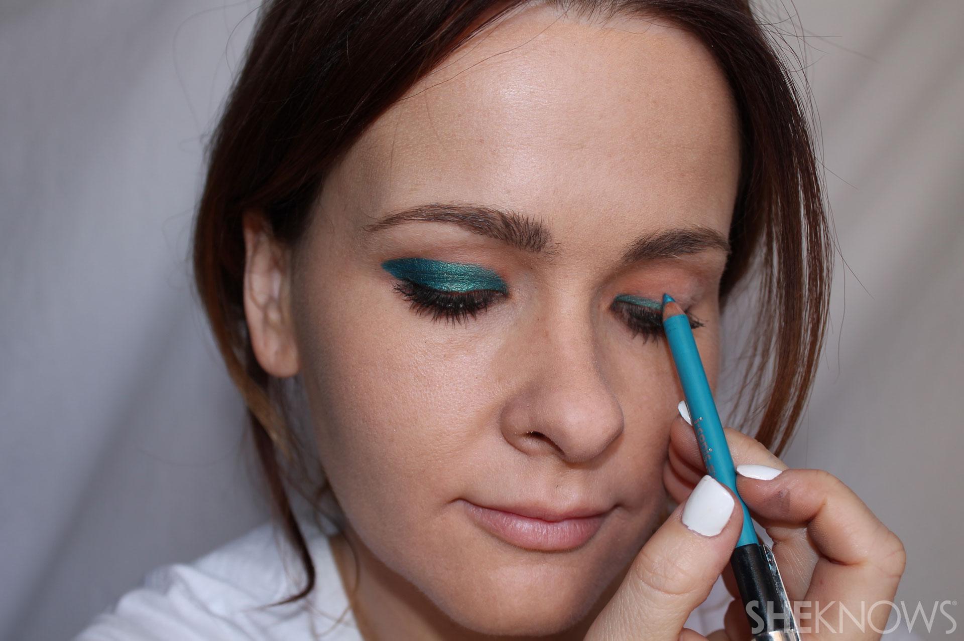 DIY Bold eyeliner: Pick a color