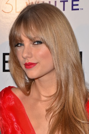U2 and Taylor Swift have highest grossing tours of 2011.