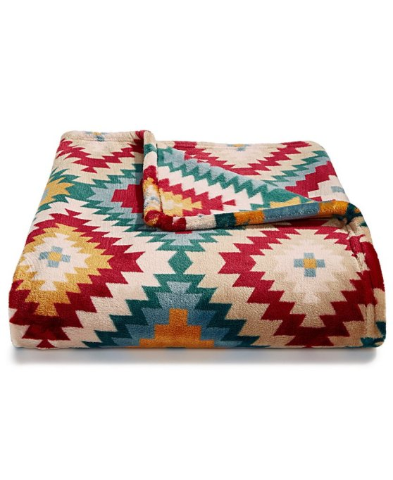Luxe Throws For Your Bed or Sofa This Season | Charter Club Cozy Plush Throw
