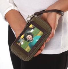 Braggables Wristlet Smart Case