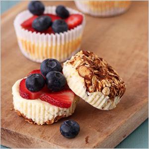 Breakfast cheesecake cupcakes