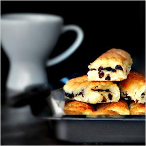 Easy breakfast chocolate rolls