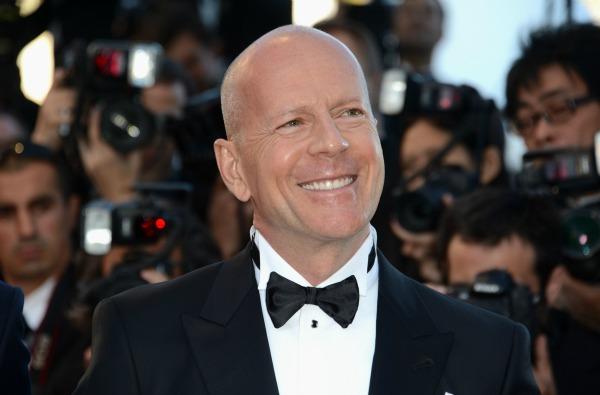 Bruce Willis fights Apple