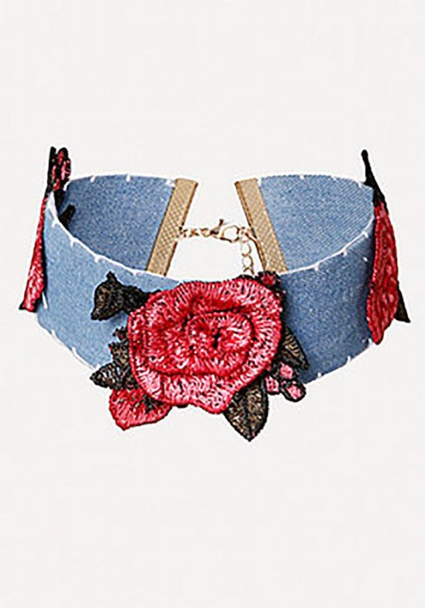 Cool Denim For Fall: Rose are red | Fall Fashion 2017