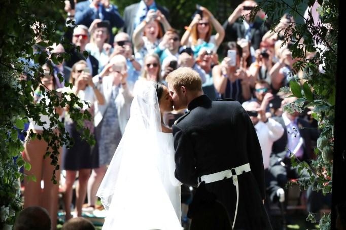 Prince Harry & Meghan Markle's first kiss