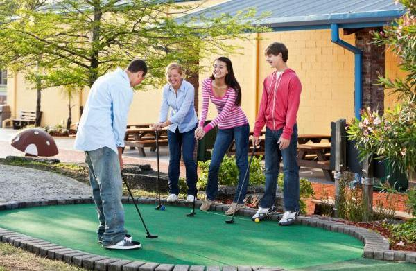 Top 8 miniature golf courses in