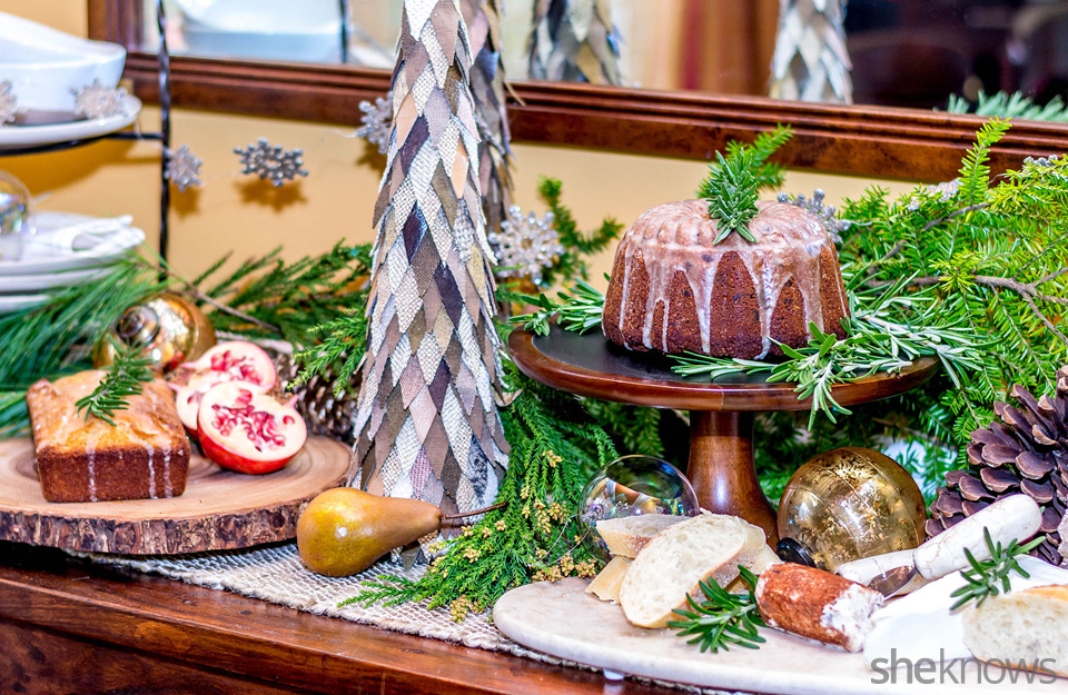 Rustic holiday table setting: The buffet | Sheknows.com