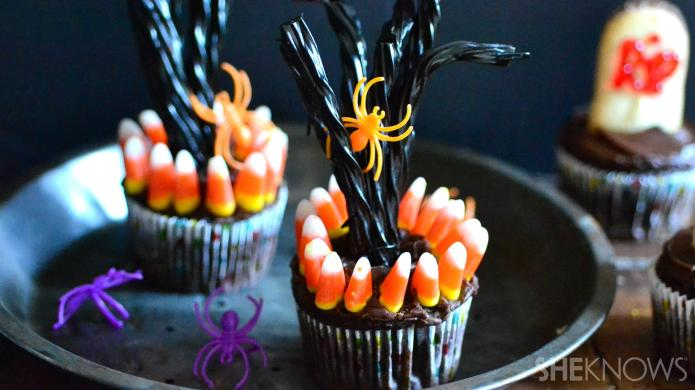 These deserted tree cupcakes are perfect