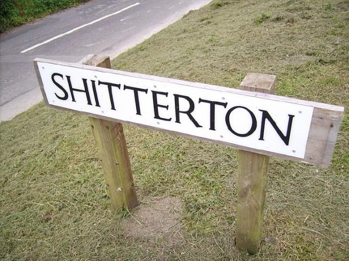 funny-road-signs-shitterton
