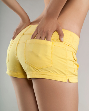 Tiny oiled ass