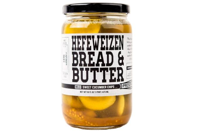 Hefeweizen-pickled pickles