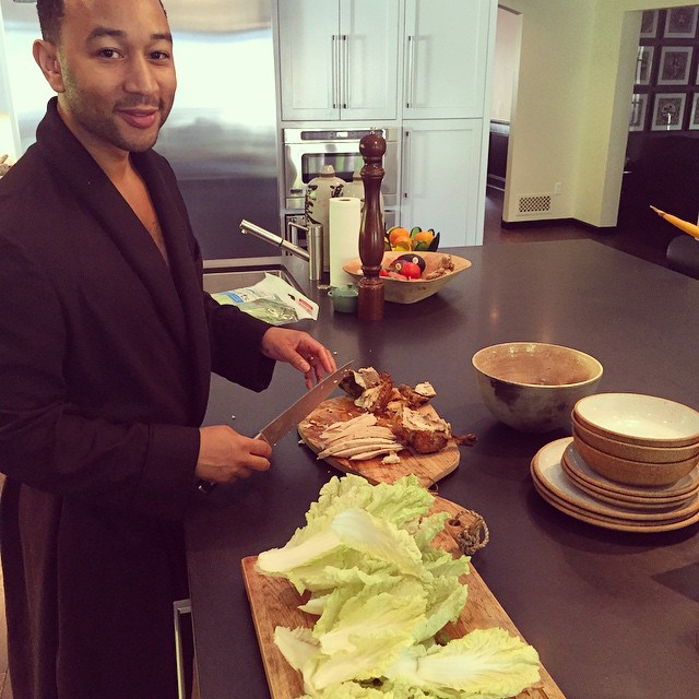 Chrissy Teigen Mouth Watering Recipes: Wolfgang Puck's Chinois chicken salad with Chinese mustard vinaigrette | Celebrity Eats
