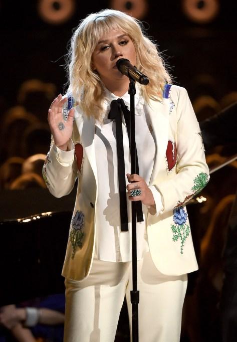 Kesha 2016 Billboard Music Awards